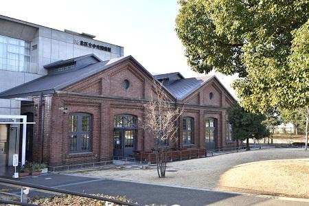 北区立中央図書館 画像